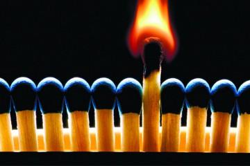 o-fogo-e-chama-e-a-luz